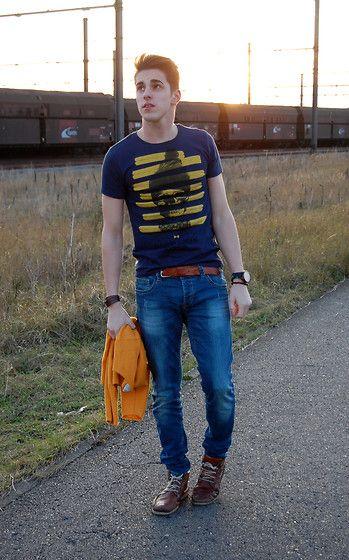 Matthias Geerts - Rumjungle Tee, Rumjungle Jeans - Sunset