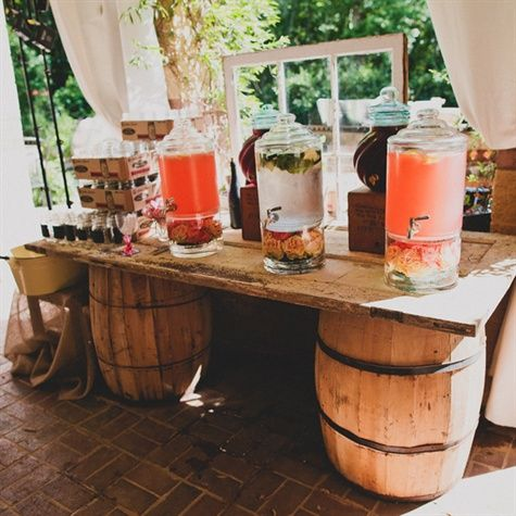 perfect idea for drinks at the ceremony, it will be hot!