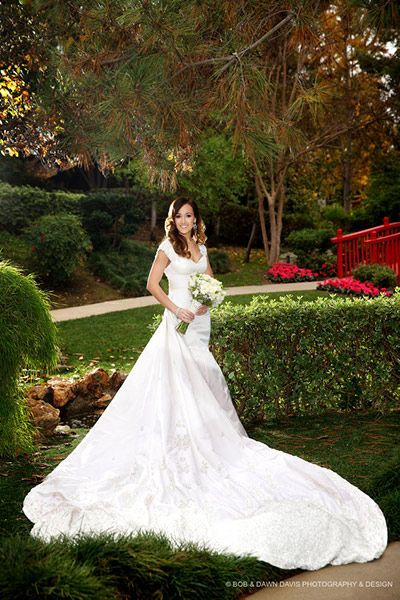 Ashley Hebert Bachelorette Wedding Gown made by Randi Rahm #ashleyhebert #bachelorette #wedding #gown #RandiRahm