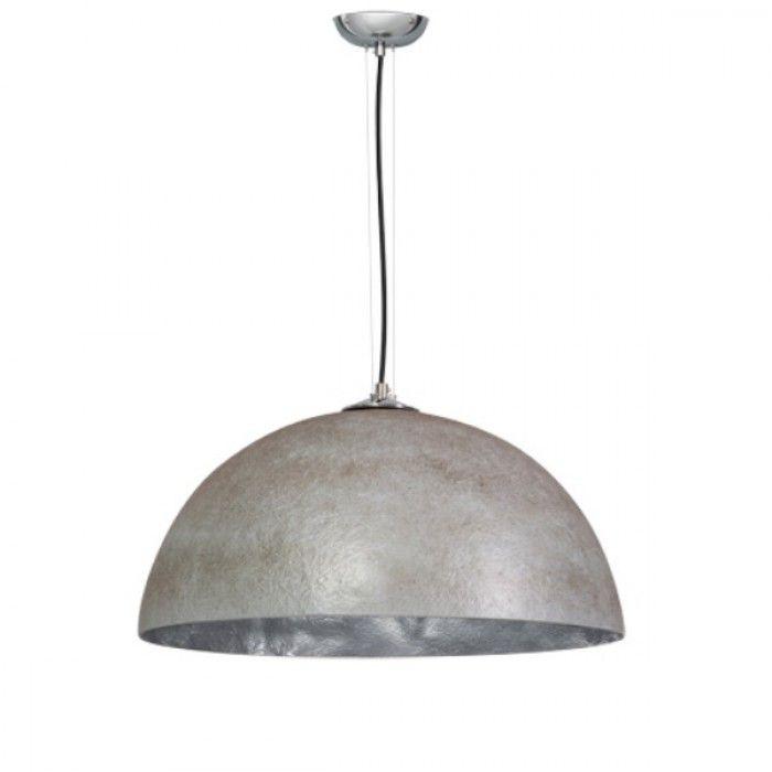 De gekleurde binnenkant van deze lamp verspreid een super sfeervolle en warme uitstraling in uw interieur. Het polyester materiaal geeft deze hanglamp een bijzonder speels en decoratief gezicht. Fraaie details als het gestoffeerde snoer en chromen plafondplaat maken deze hanglampen helemaal af. Nieuw in de collectie Julia is de hanglamp met krijt verf! Erg leuk voor in de keuken, kantoor of horeca gelegenheid!