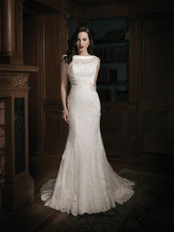Trumpet/Mermaid Bateau Sleeveless Court Train Tulle Wedding Dress #WX539