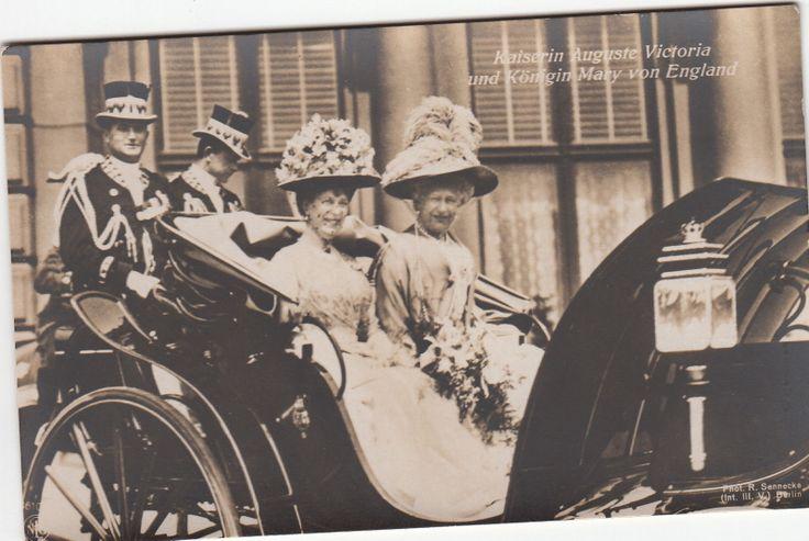 Kaiserin Auguste Vikt m Königin Mary v Großbritannien in Kutsche Berlin 1913