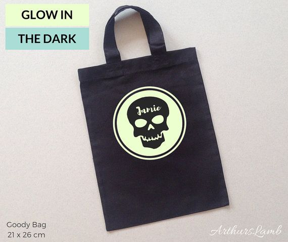 Skulls are everywhere now days, especially at Halloween and on the Day of the Dead!! And with this personalised Glow in the Dark Skull Iogo trick or treat bag you are sure to stand out!! So whether you are looking for a first Halloween gift, a Halloween treat bags or even a Dia de Muertos gift, this bag personalised with any name will be a much loved addition to the celebrations!!  When ordering, please note the name required in Comments to Seller box during checkout.  Measurements…