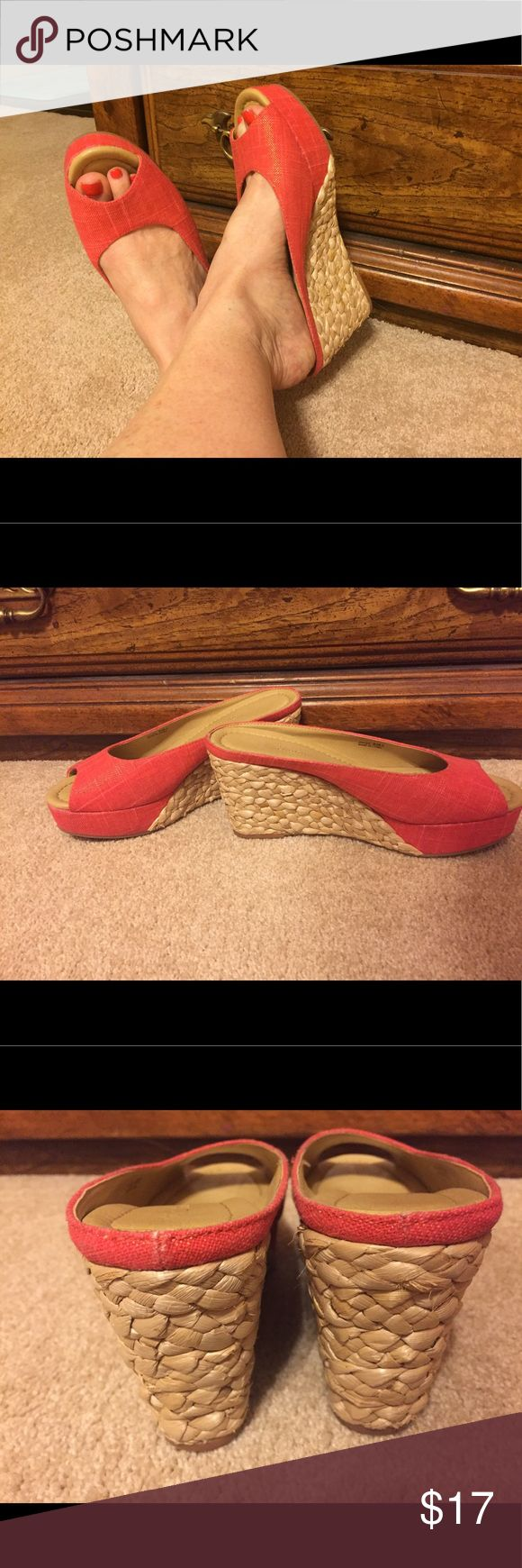Orange Platform:Wedge Slides Cute and fun! Orange linen look fabric upper, rope style bottom wedge Excellent condition, worn twice. CL by Laundry Shoes Wedges