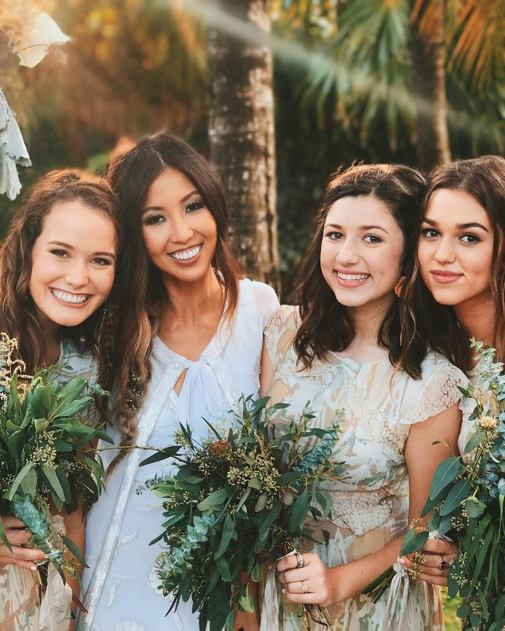 'Duck Dynasty' star Willie Robertson's daughter Rebecca Lo Robertson marries John Reed Loflin in Mexico Duck Dynasty star Willie Robertson's daughter Rebecca Lo Robertson is a married woman. #DWTS #DuckDynasty @DuckDynasty