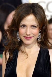Leo Actress - Mary-Louise Parker - August 2