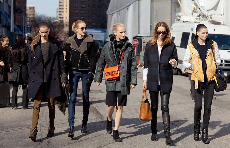 Que el  frío no te haga perder el estilo, aquí te presentamos seis modelos de inspiración para salir a la calle preparada con un look de impacto. ¿Los usarías?