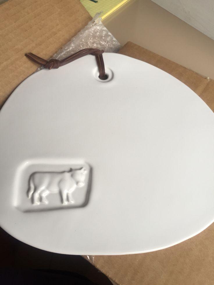 Доска для сыра белая керамика с коровой