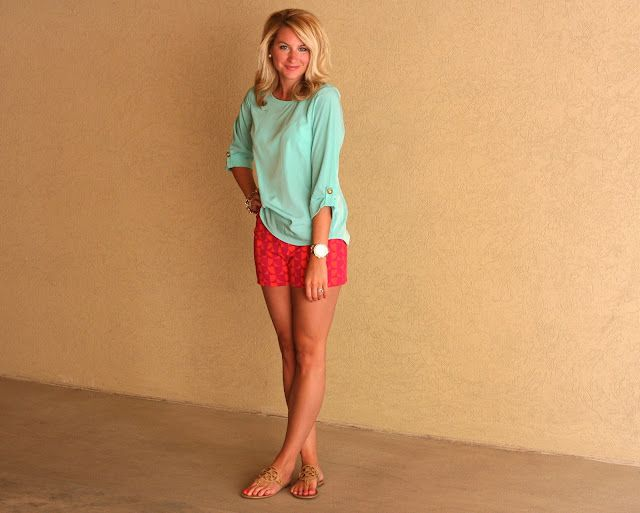 Shorts: Forever 21 | Top: LuLu's. | Flats: Tory Burch: Southern Sorority Girls, Colors Combos, Mint Green, Style, Southern Girls, Summer Outfits, Colors Combinations, Color Combinations, Prints Shorts