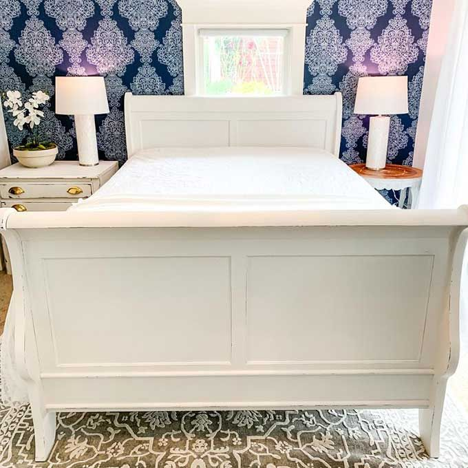 How To Get A Smooth Finish With Chalk Paint Painted Bedroom