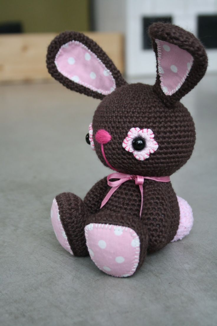 crocheted bunny - bjl