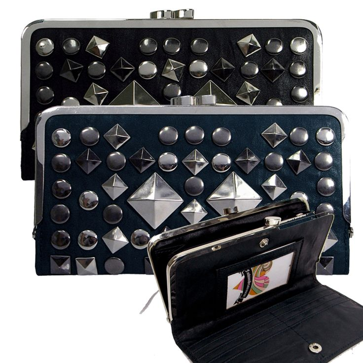 FSB-1005 Studded purse with large diamond feature studs.