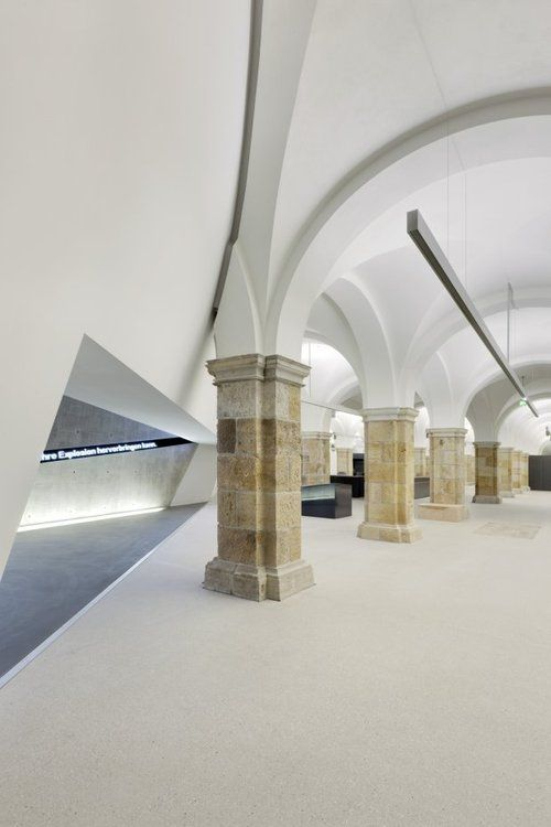 Dresden Museum of Military History by Daniel Libeskind (intersection between the 1873 building and the new addition).