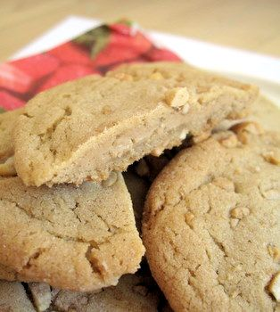 Peanut Butter cookies with Peanut Butter Filling!