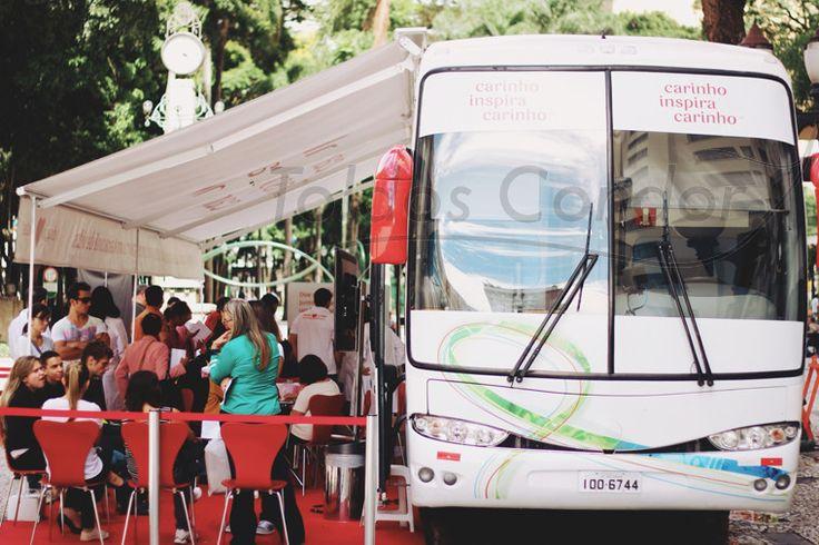 Devido a sua fácil instalação e fixação o toldo articulado pode ser facilmente instalado em ônibus e caminhões e diversos veículos.