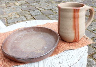 Okayama|岡山(おかやま)|岡山農業公園 ドイツの森|学ぶ|備前焼| 伝統の備前焼に挑戦!! 350gの粘土で手びねり 乾燥、焼き上げて約3ヵ月後のお届けとなります。 所要時間:約1時間 3,300円 (送料込)