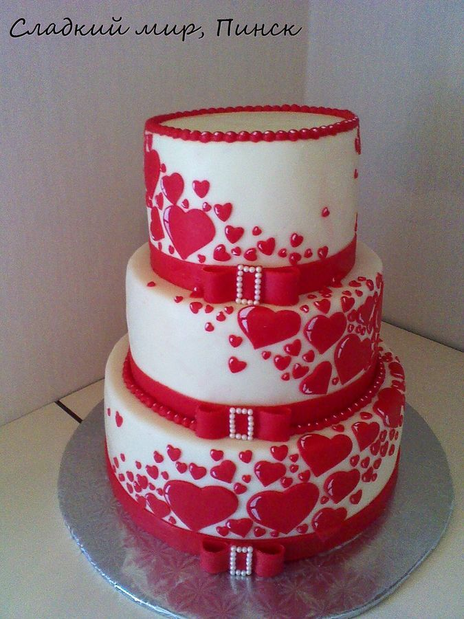 Cake Designs Hearts : 25+ best ideas about Heart Wedding Cakes on Pinterest ...
