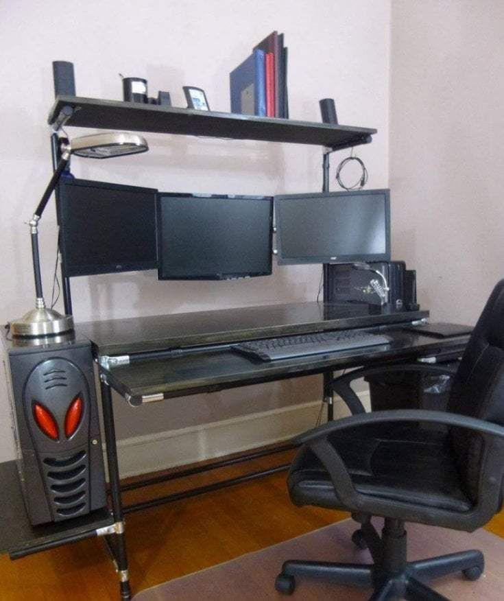 R2s Gaming Desk Different Types And Why It Is Worthy Console Desk Computer Desks For Home Computer Desk