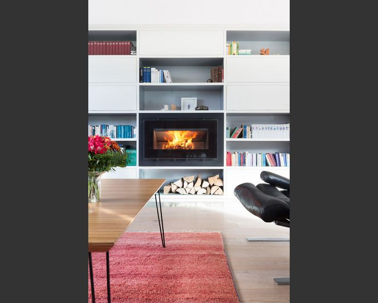 die besten 25 kaminscheibe ideen auf pinterest der kamin neubau und k chengartenfenster. Black Bedroom Furniture Sets. Home Design Ideas