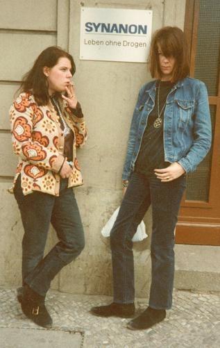 ☢ Kinder vom Bahnhof Zoo in 1977.