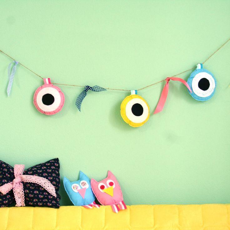 kids decor, nursery decor Χειροποίητη Γιρλάντα με Ματάκια