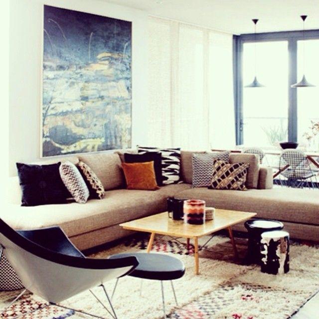 Cozyhouse Decor: #livingroom #modularsofa #pillows #fun #frame #windows