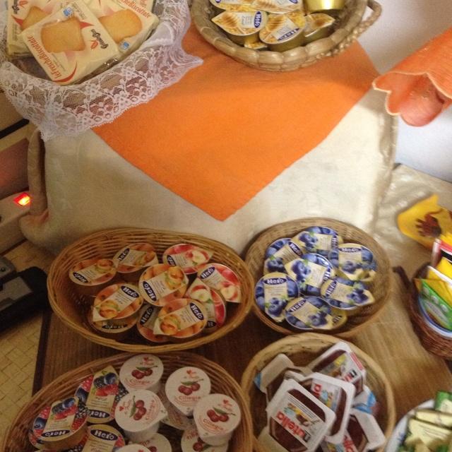 La colazione del Fauno www.bbfauno.com   #breakfast #bedandbreakfast #pompei #faunopompei #breakfastpompei #pompeibreakfast #italianbreakfast #sweet #dolci #torte #handmade #madeinhome #homemade