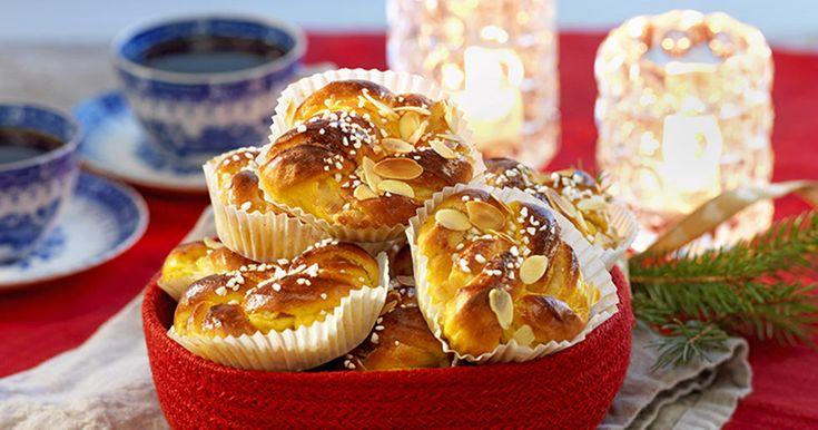 Saffransbullar fyllda med mandelmassa – recept