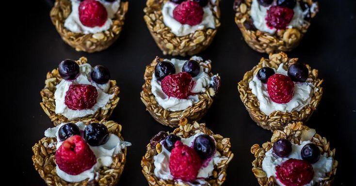 Cuisine-à-Vous: Havermoutkorfjes met platte kaas en vers fruit
