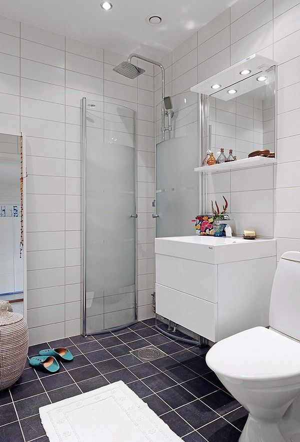 → bathroom with open shower without cabin