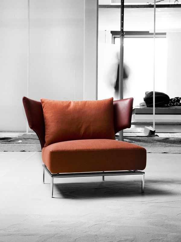 Abbraccio armchair