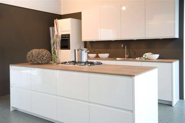 17 beste afbeeldingen over nieuw huis op pinterest industri le opslag kantoren en helden - Keuken platform ...