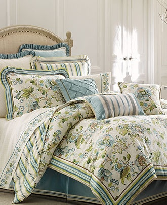 croscill home fashions corfu 4 piece queen comforter set sky blue