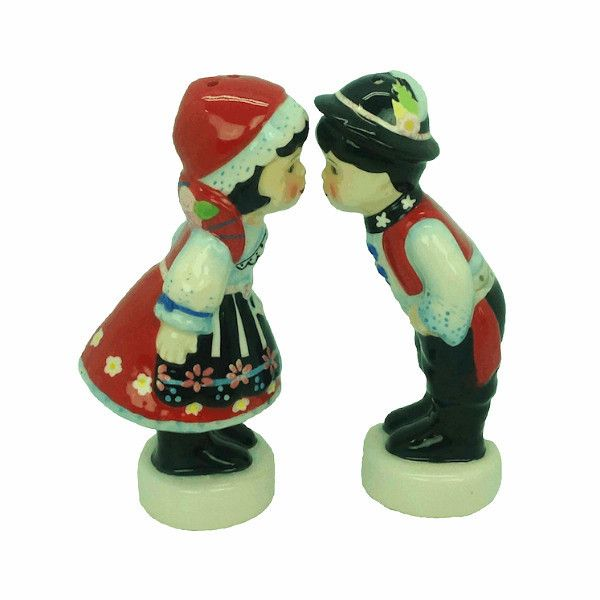 Czech Kissing Boy & Girl. This charming and unique ceramic salt and pepper set will make for a great Czech gift or accent to your home. Approximate Dimensio
