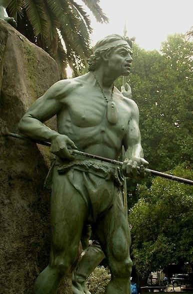Monumento a la Araucanía - Temuco