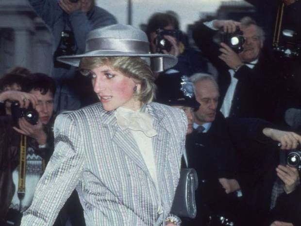 Freddie Mercury 'smuggled Princess Diana into a gay club dressed ...