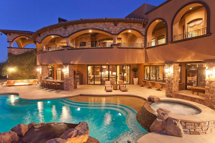 Beautiful Mansions with Pools