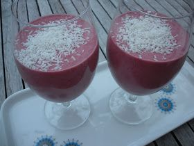 Paleo Smoothie with raspberries and coconut milk.