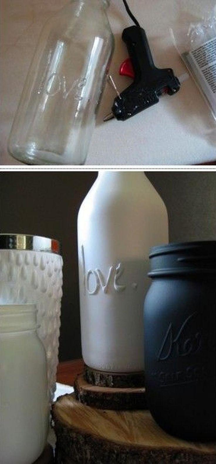 Sehe dir das Foto von Pusteblume mit dem Titel Schriftzug mit einer Klebepistole auf eine schöne Flasche. Für Farbige Flaschen mit Sprühfarbe bearbeiten und andere inspirierende Bilder auf Spaaz.de an.