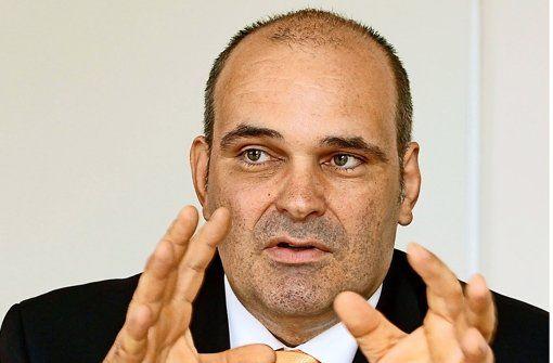 Die Leomess in #Leonberg rückt wieder näher - aus diesem Anlass ein Interview mit dem BdS-Vorsitzenden Bernhar Neuber über die große Wirtschaftsmesse. http://www.leonberger-kreiszeitung.de/inhalt.leonberg-die-leomess-ist-die-messlatte.bfd1d9b8-614b-4e3d-b6d1-2843a1c12df1.html