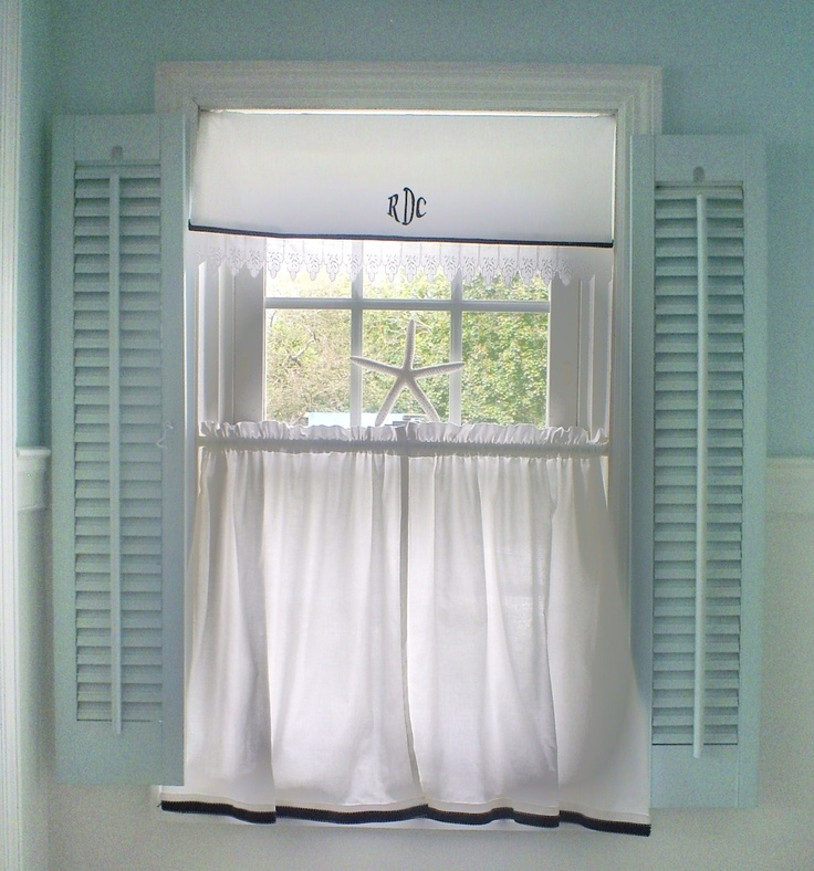Window shabby chic shutters o