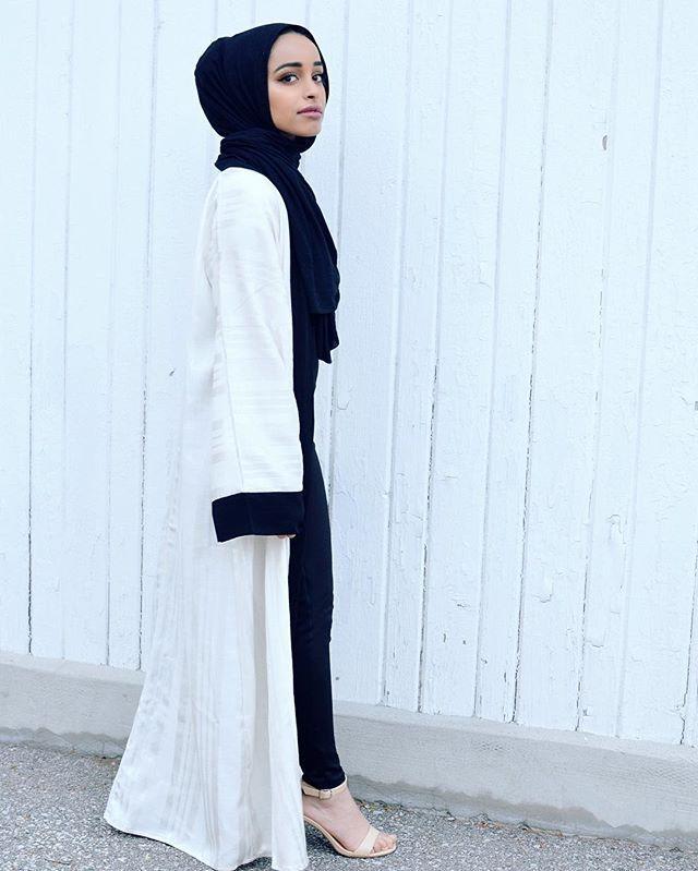 1502 Best Minimalist Hijab Ootd Images On Pinterest Hijab Styles Hijab Fashion And Hijab Outfit