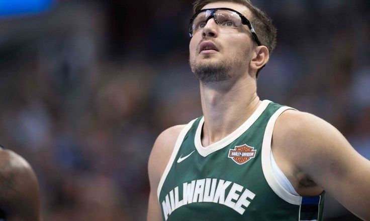 Bucks F Mirza Teletovic undergoes knee surgery = The Milwaukee Bucks will be without one of their rotation pieces for a while after they announced Mirza Teletovic underwent knee surgery on Tuesday. Teletovic hasn't.....