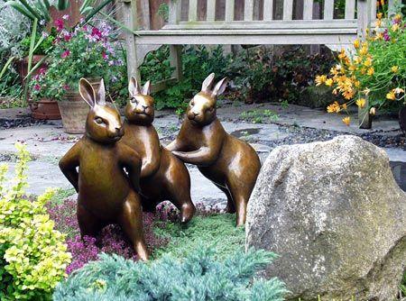 Walking bunnies Georgia Gerber's bronzes #sculpture #rubbit