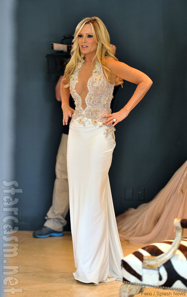 1000 images about real housewives inspiration love their for Kelly clarkson wedding dress replica