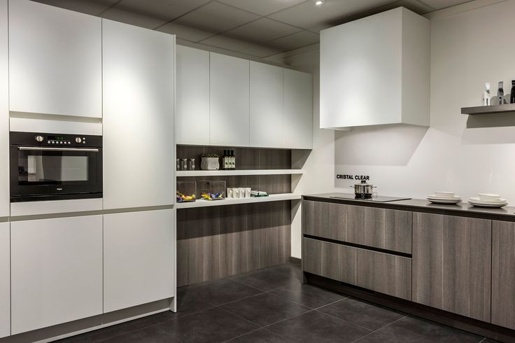 Keukenmuur Ideeen : Meer dan 1000 ideeën over twee kleuren keuken ...