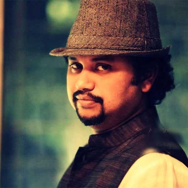 Spectralhues speaks to 'Gulaab Gang' Director Soumik Sen