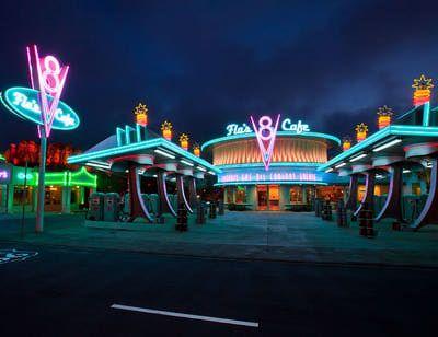 http://themeparks.about.com/od/disneyland/ss/Disneyland-Best-Quick-Service-Restaurants_10.htm