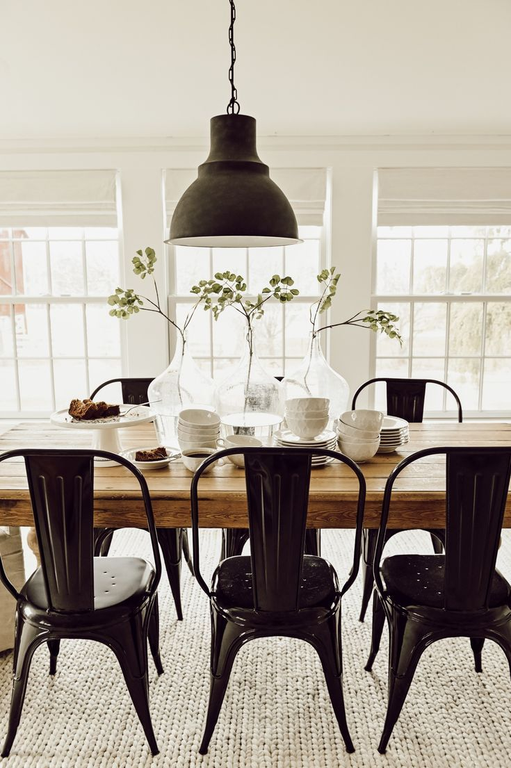 Simple Early Spring Tablescape Farmhouse Dining Rooms Decor Modern Farmhouse Dining White Dining Room