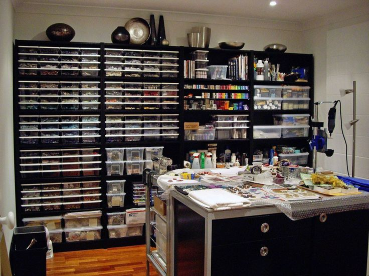 An awesome bead studio!  I love it!!!